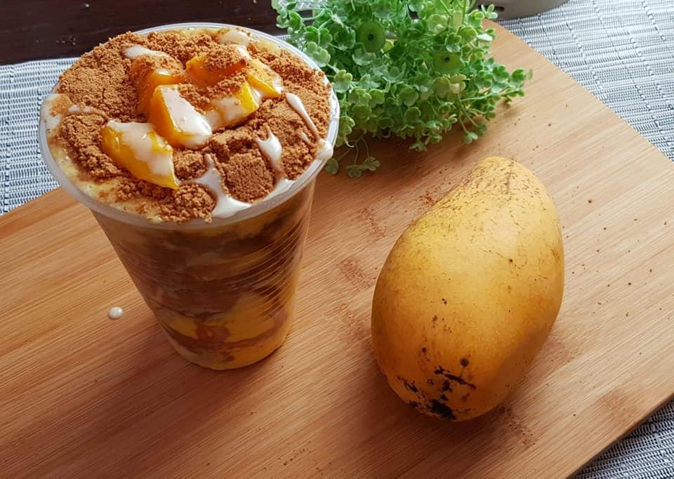 Mango Graham Shake/Float Like Maxi Mango