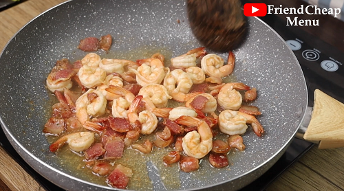 creamy garlic shrimp bacon pasta