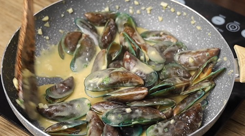 Buttered Mussels