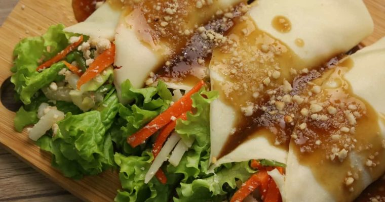 LUMPIANG SARIWA         (with Homemade Wrapper and Sauce)